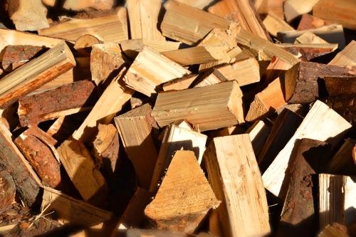 Měkké dřevo syrové